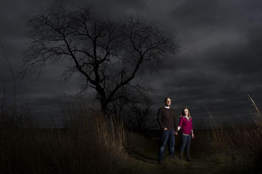 Strobist engagement photo portrait Milwaukee Retzer Nature