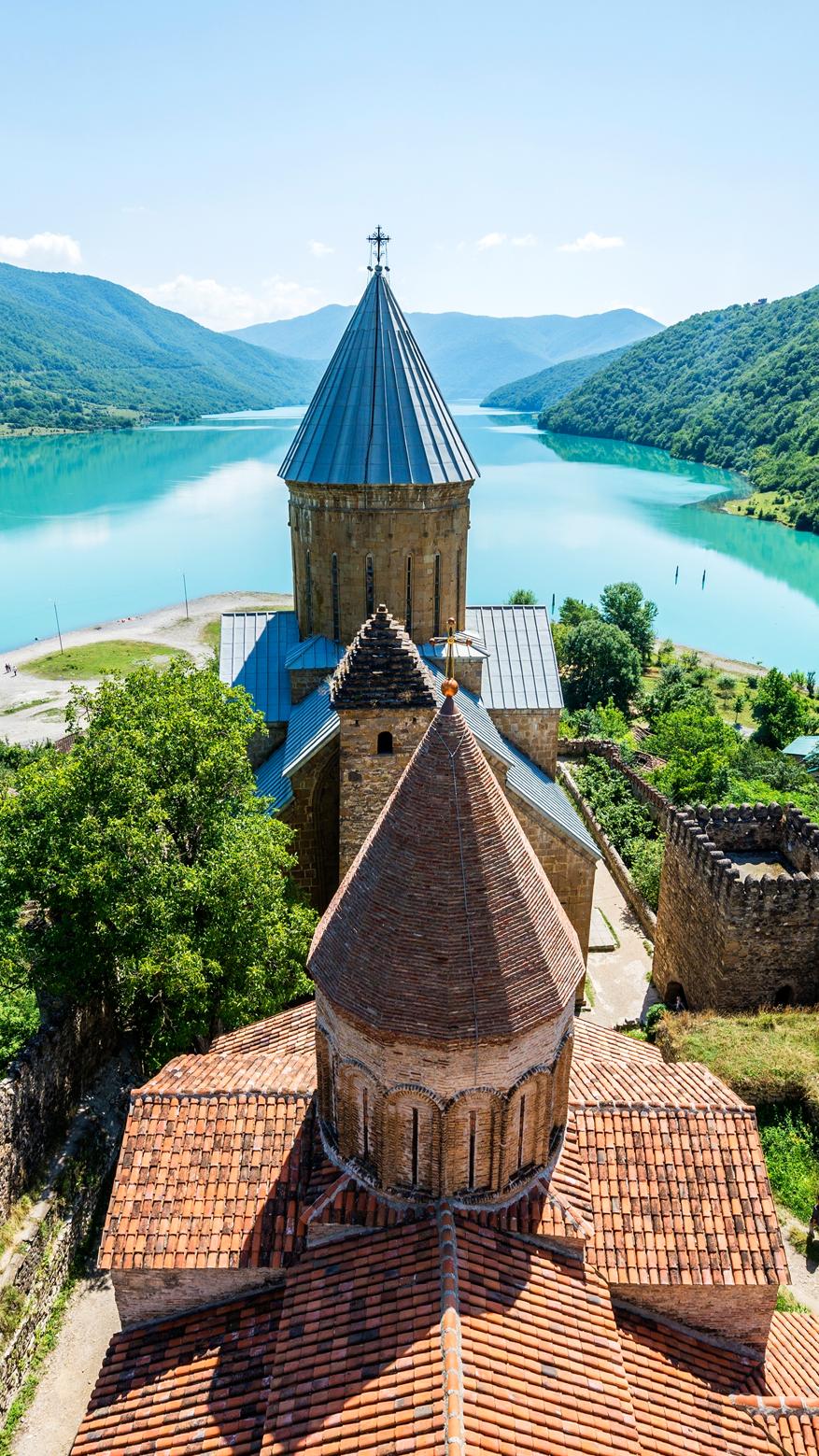 Ananuri In Georgien Festung Mit Ausblick Georgien Reisen Stausee
