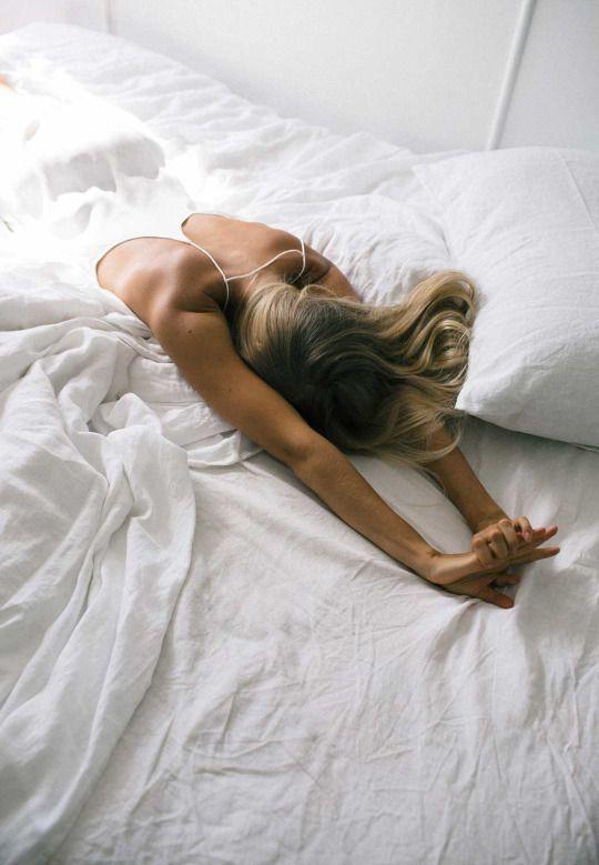 @inthestyleUK : Who's still in bed?! #lazysunday https://t.co/YskLIEbFUt
