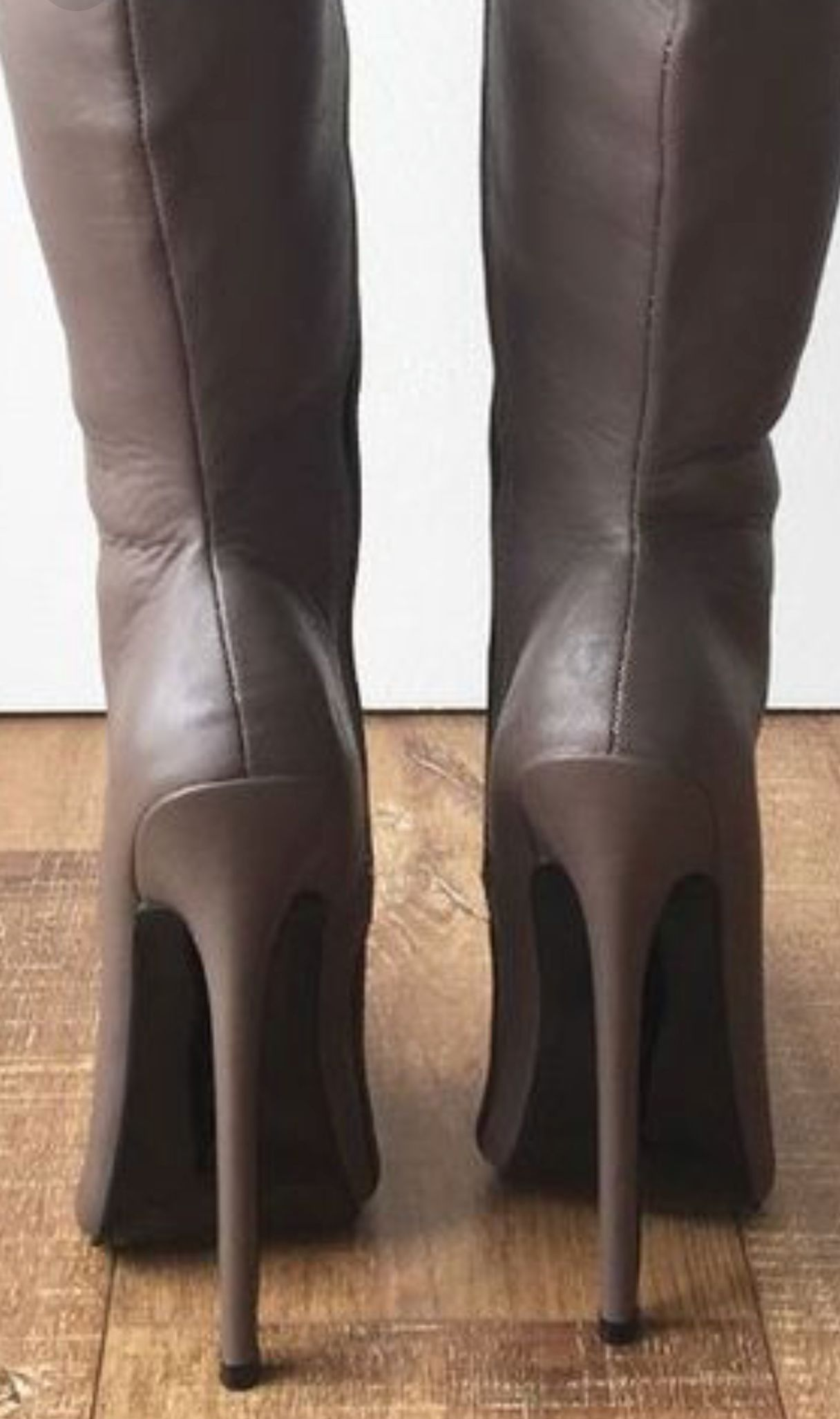 Pin di Pippiegros su stivali alti | Stivali di pelle