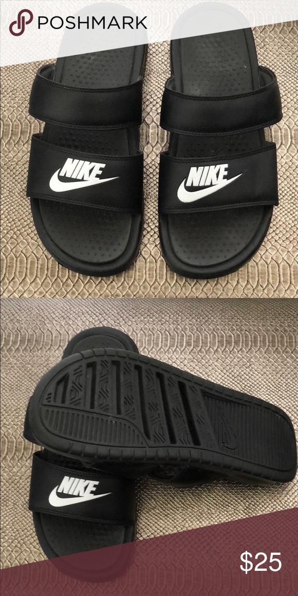white Nike logo. Nike Shoes Sandals
