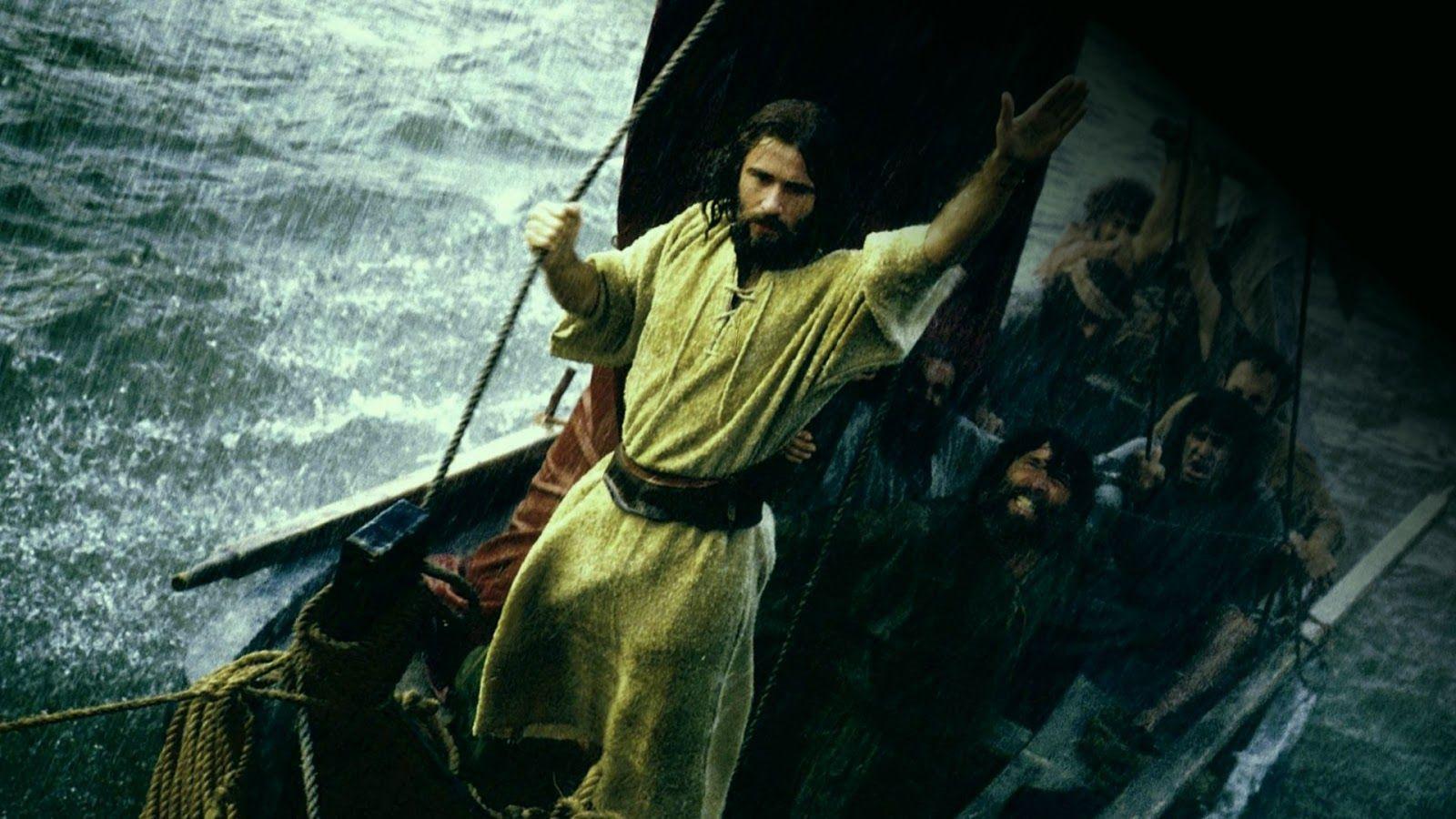 DIOS ME HABLA HOY: Marcos 4, 35-41  ¿Quién es éste que hasta el viento y el mar le obedecen?  http://es.catholic.net/op/articulos/48313/la-tempestad-calmada.html