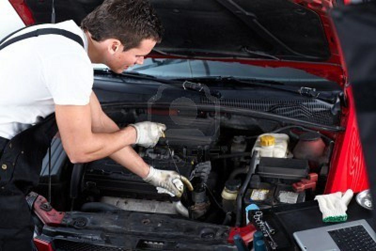 Auto repair shop owner finally reveals insider secrets that will one of the best ways to save on car costs is to do auto maintenance projects yourself see these 8 tips for diy car repairs you can handle on your own solutioingenieria Images
