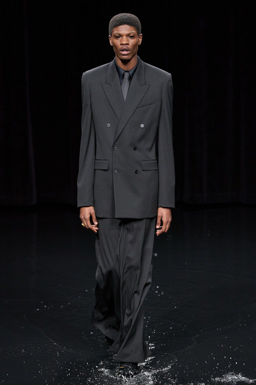 KNOTORYUS Best of Womenswear Month AW20 Balenciaga in