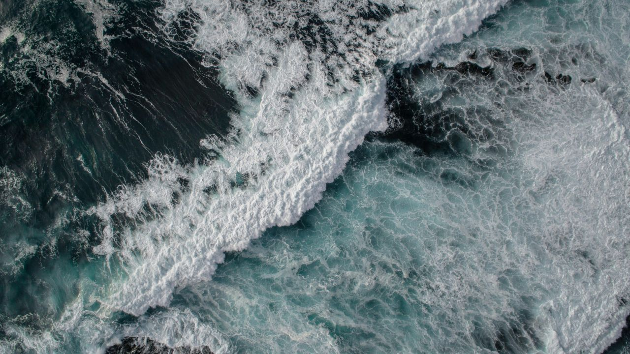 Sea Ocean Waves 4k 5k Ocean Wallpaper Laptop Wallpaper Wallpaper Notebook