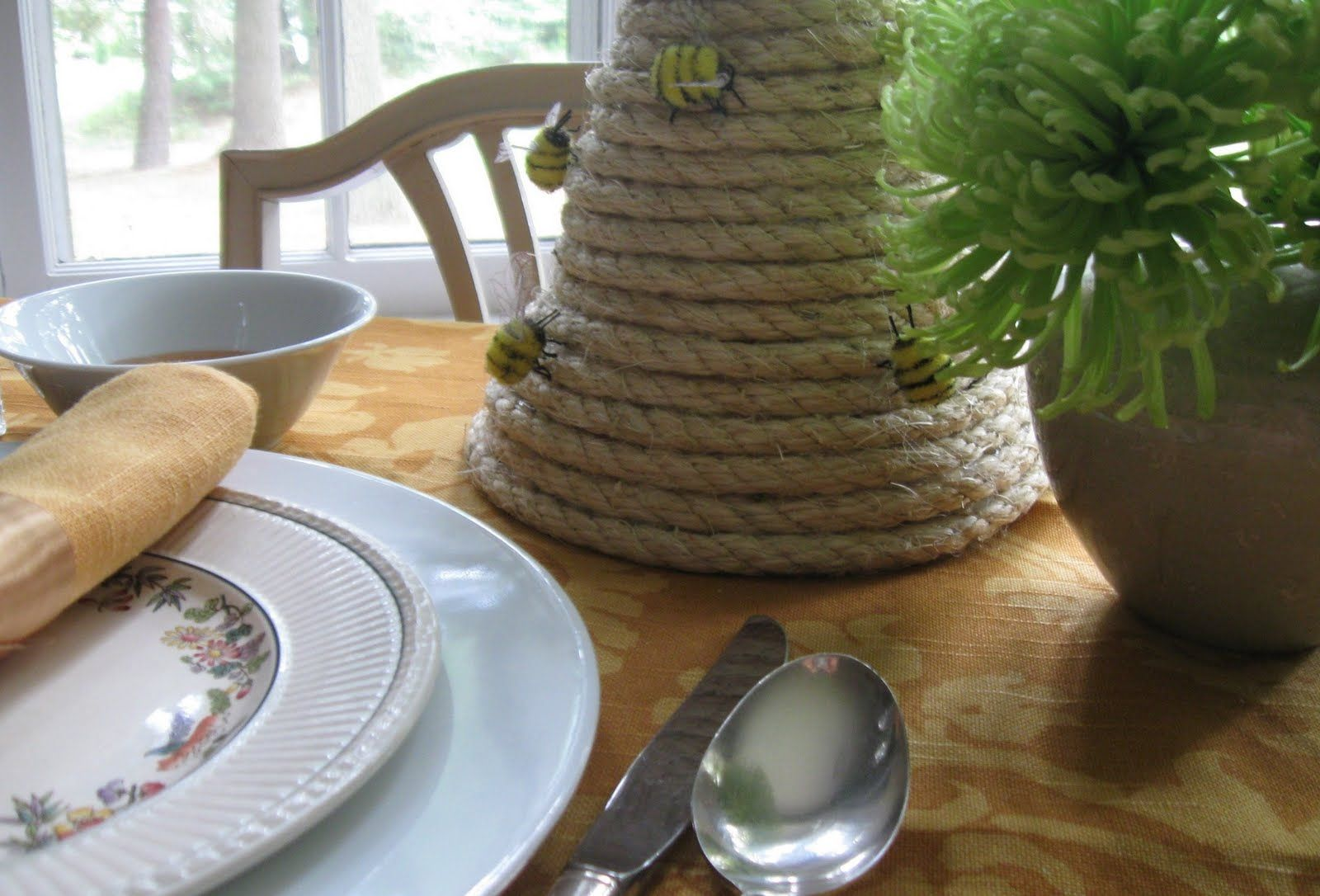 Bumble Bee Centerpiece Ideas