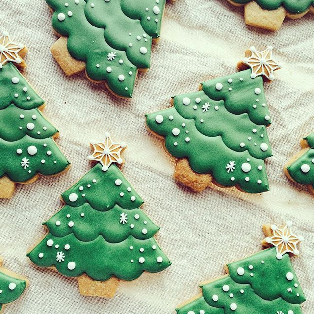 Pretty Christmas Trees Kitcheneight Pinterest Hamza The Land Of Joy Christmas Cookies Decorated Christmas Sugar Cookies Christmas Cookies Easy