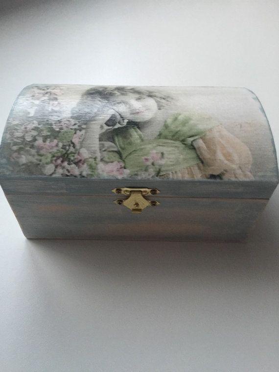 Decoupage. Wooden box. L-17cm, W-10cm, H-7cm.