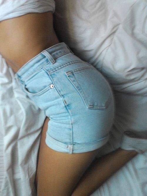 The Perfect High Waisted Shorts - I'm not even kidding. If I could ...