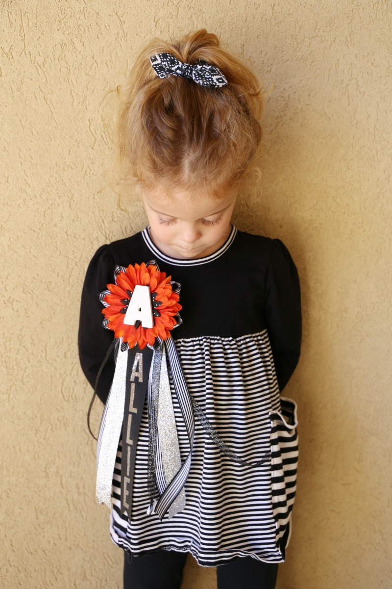DIY Homecoming Mum and Garter Tutorial - Child at Heart Blog