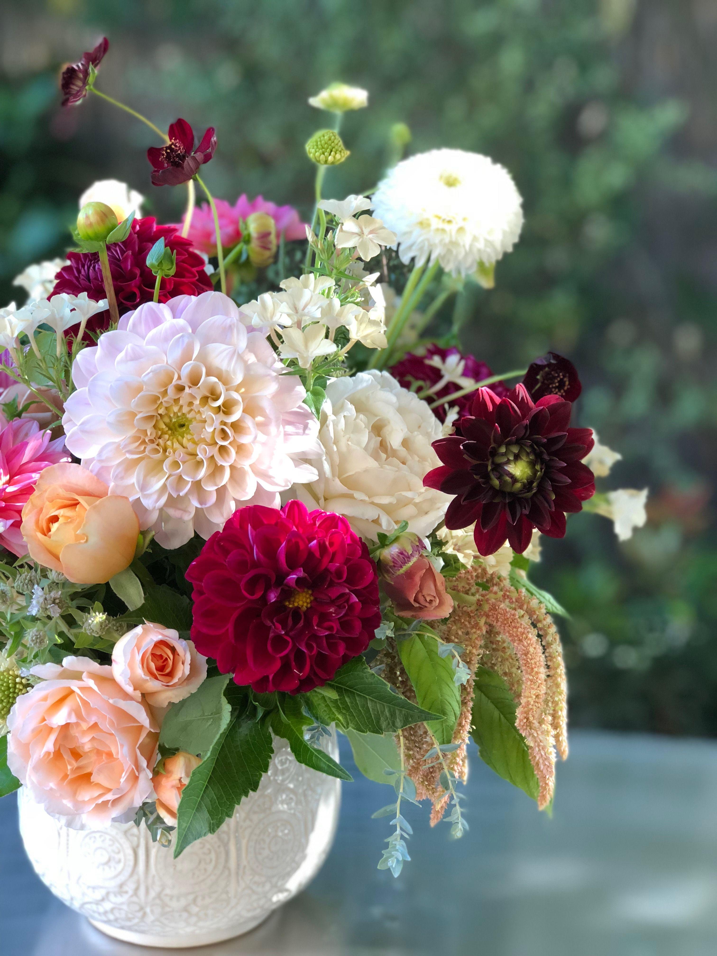 Fleurie Garden Grown Summertime Arrangement Of Dahlias Amaranthus Garden Roses Chocolate Cosmos Scabiosa And Mixe Flower Studio Flower Arrangements Flowers