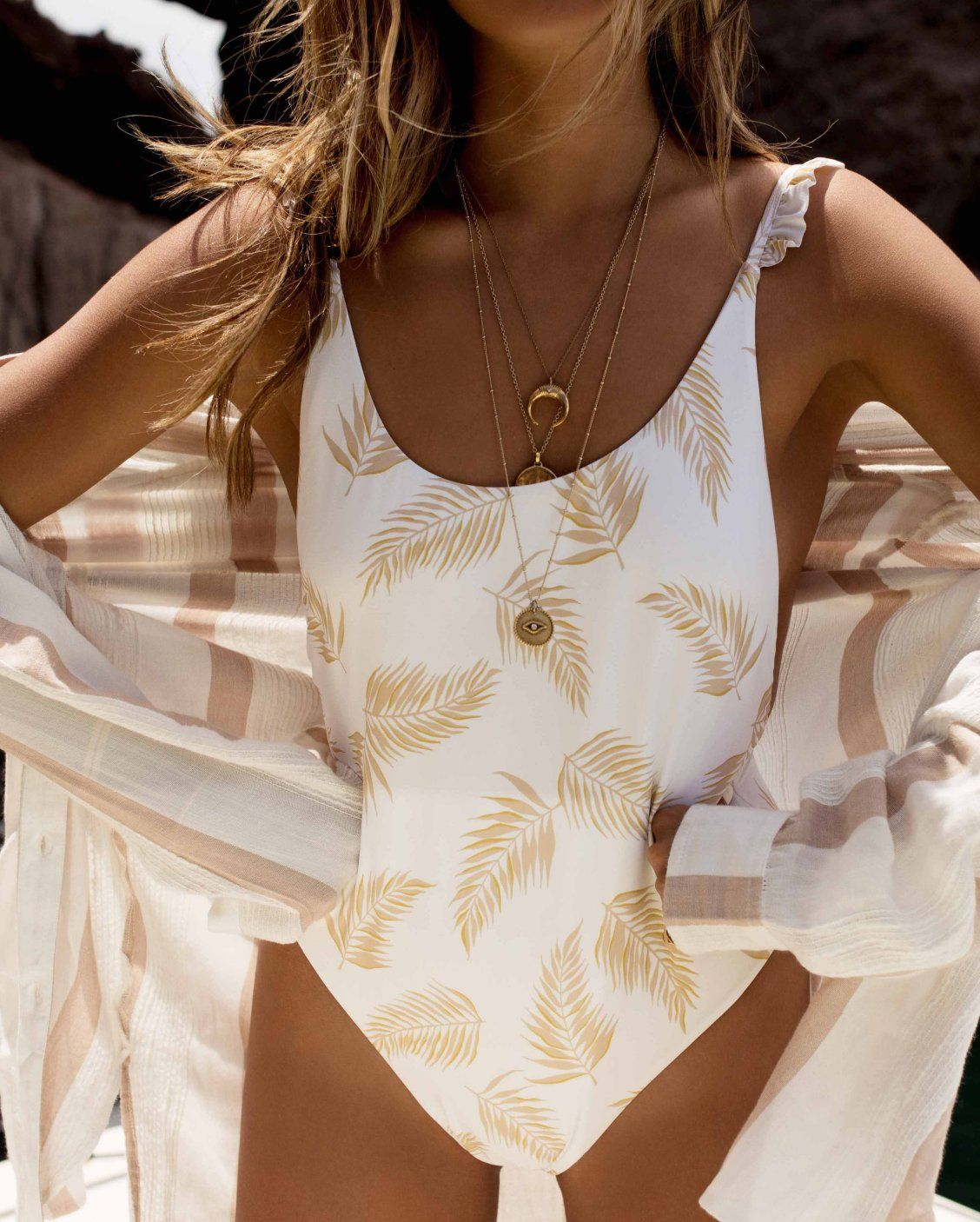 95c58e0cb521 It's all in the details in the Dos Palmas One Piece //  #BillabongxSincerelyJules
