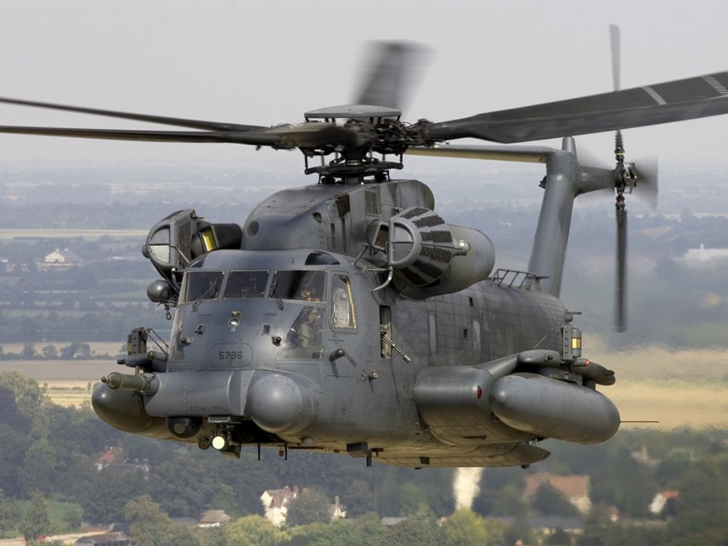 MH-53 Cruising | Aircraft, Military helicopter, Military aircraft