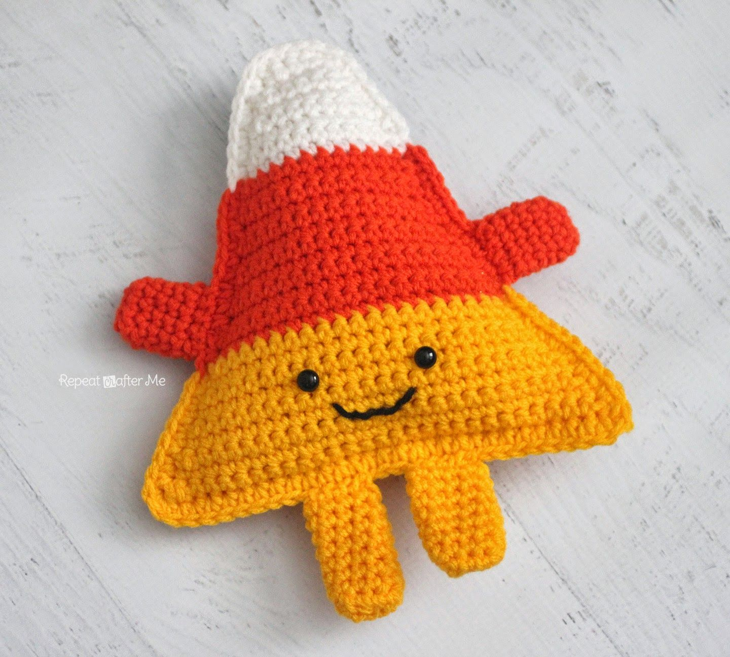Repeat Crafter Me: Cuddly Crochet Candy Corn. FREE PATTERN 9/14 ...