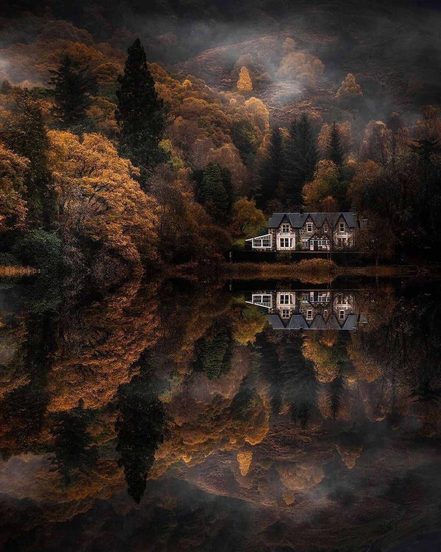 @mark_callander #lochard #scotland #scottishhighlands #reflectionphotography #autumnvibes #photographerorg