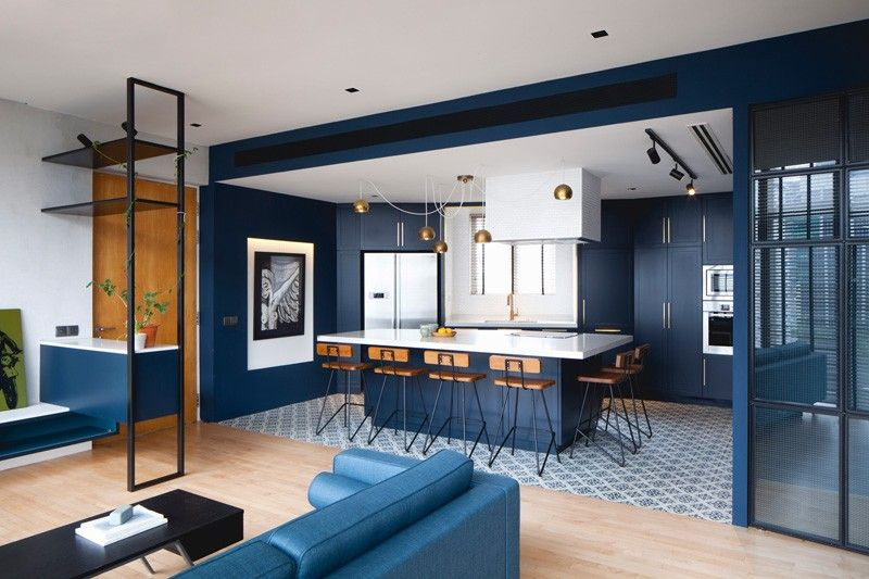This Modern Apartment In Singapore Is Full Of Bold Blue And Black Apartment Renovation House Design Kitchen Concepts