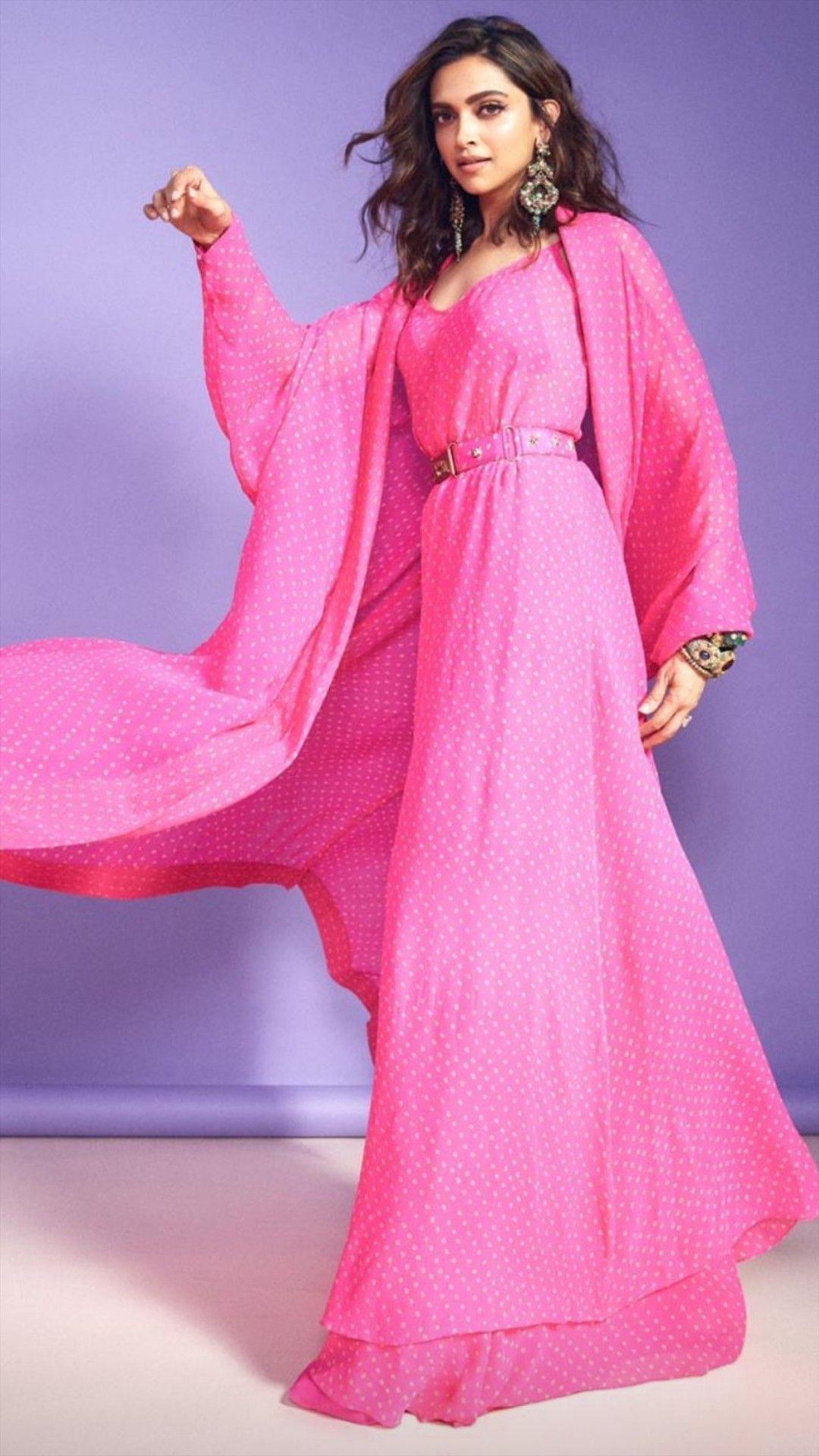 Wearing Sabhyasachi At Kapil Sharma S Show Deepika Padukone Style Fashion Indian Fashion