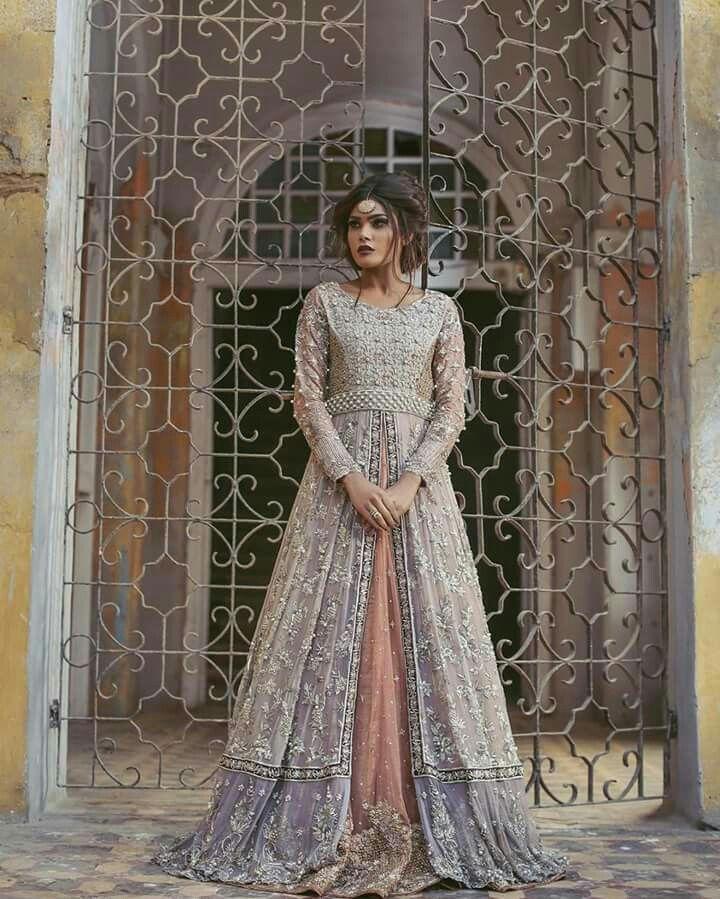 Beautiful dress by Umsha❤