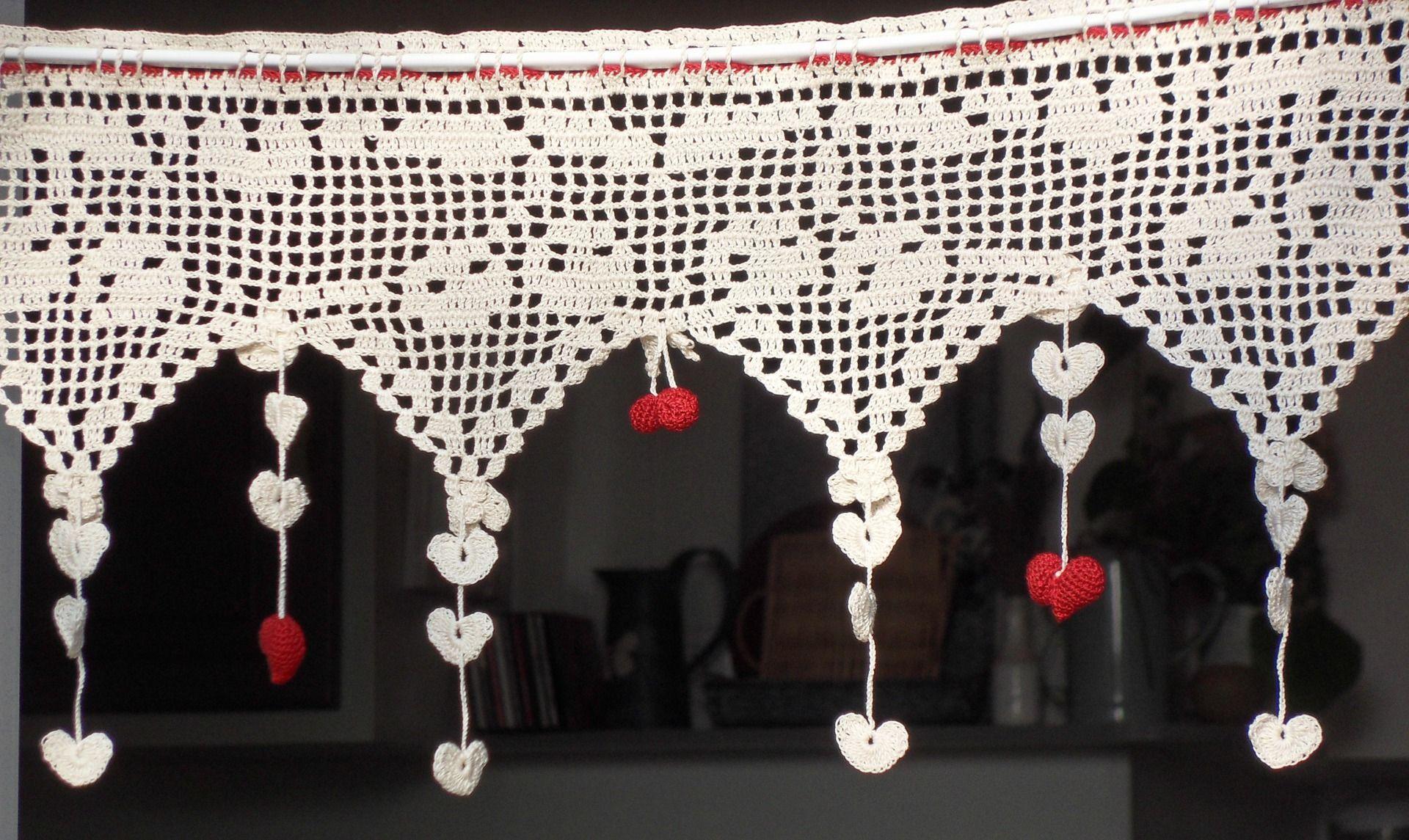 cantonnière cerises et petit coeur ROUGES au crochet | torbe ...
