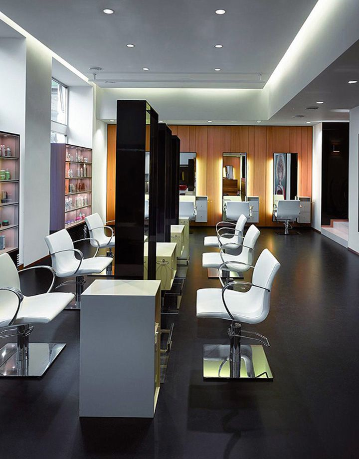 This is petra mechurova salon this salon interior design theme is dominated by black and white - Salon design moderne ...