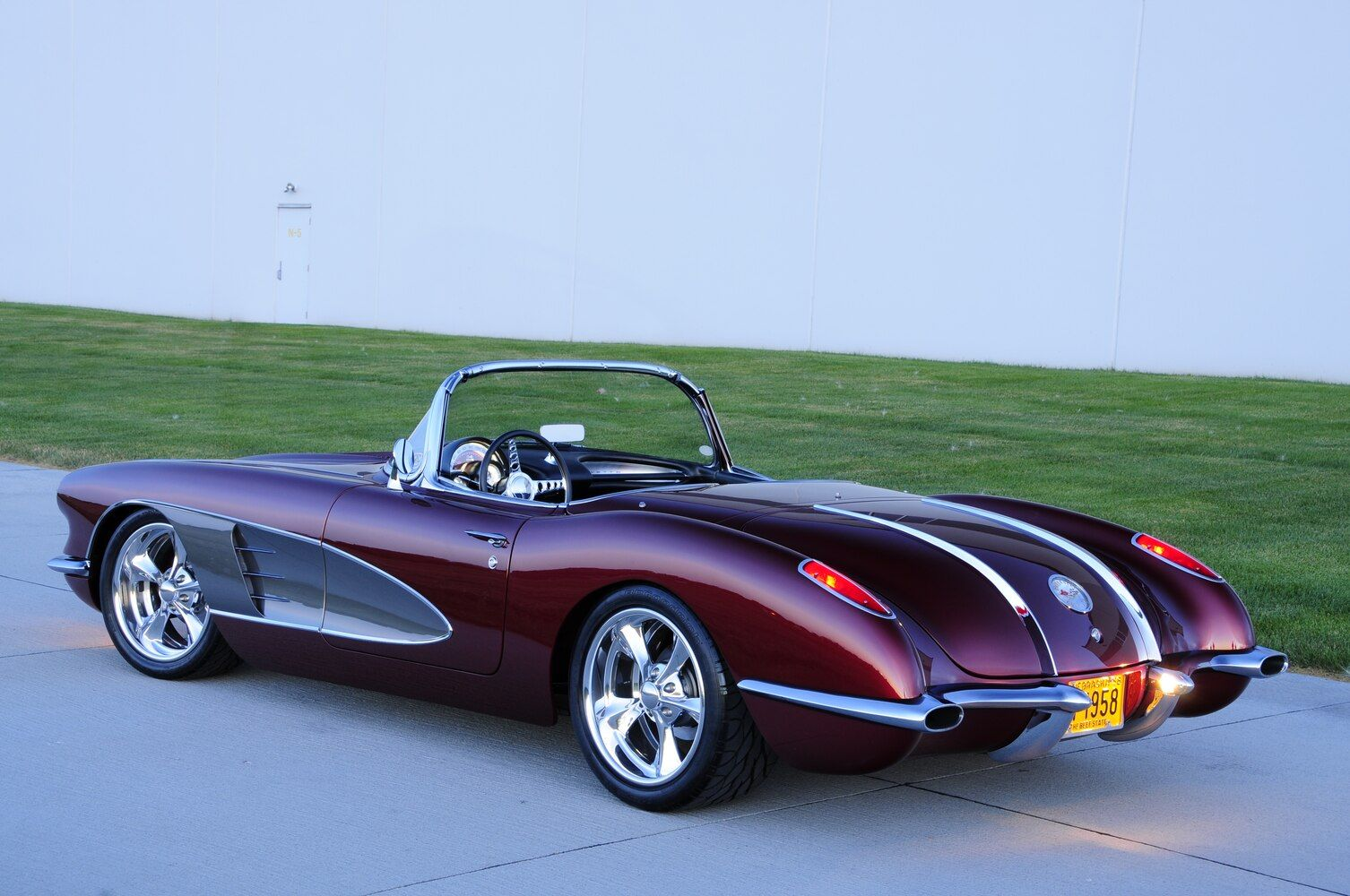 1958 Corvette Combines Old with New Style and Performance