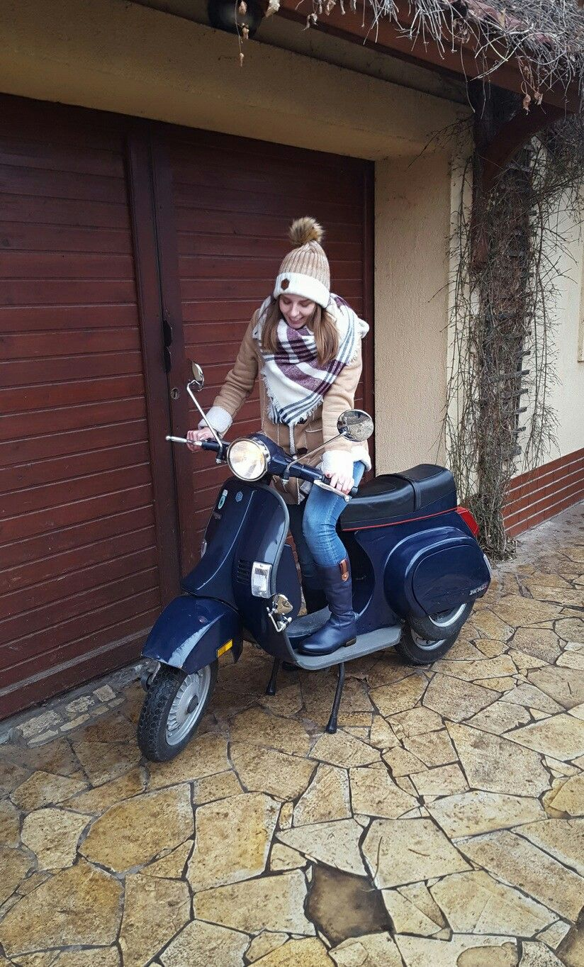 first christmas together my piaggio vespa pk 50 xl in love. Black Bedroom Furniture Sets. Home Design Ideas
