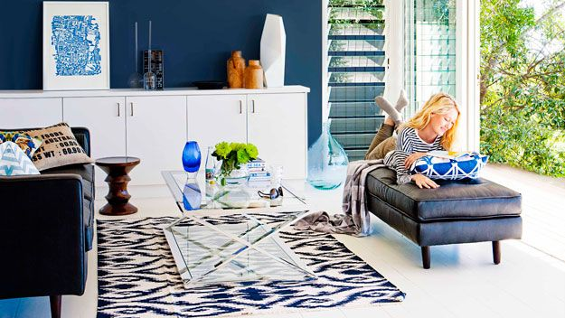 Rug rules   Rugs in living room, Eclectic living room ...