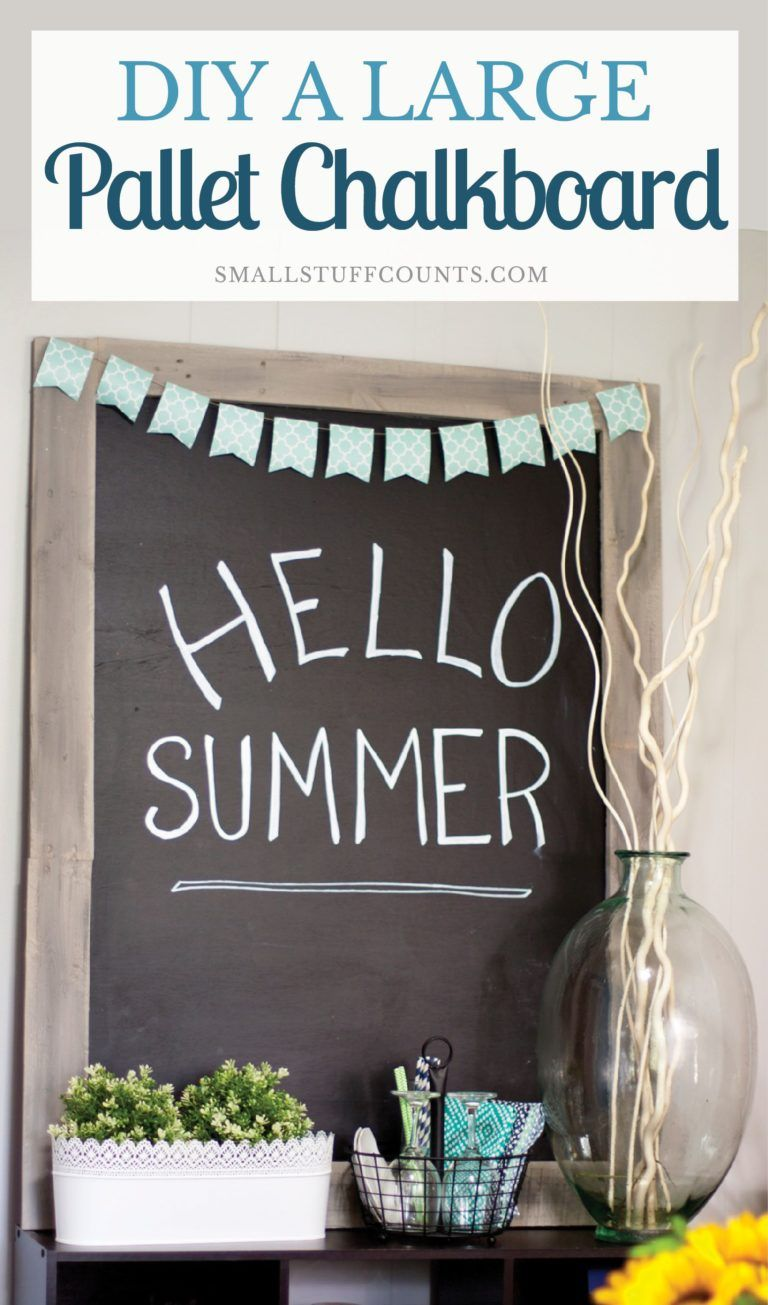 Love this pallet chalkboard! What an easy way to diy one with few supplies.