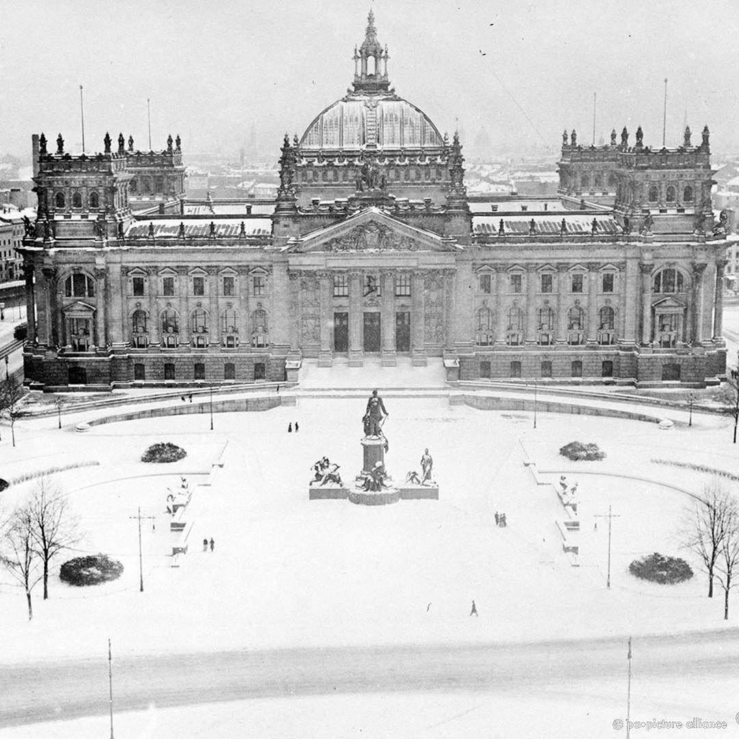 winter vintage berlin der reichstag im jahr 1912 gut zu erkennen noch die alte kuppel des. Black Bedroom Furniture Sets. Home Design Ideas