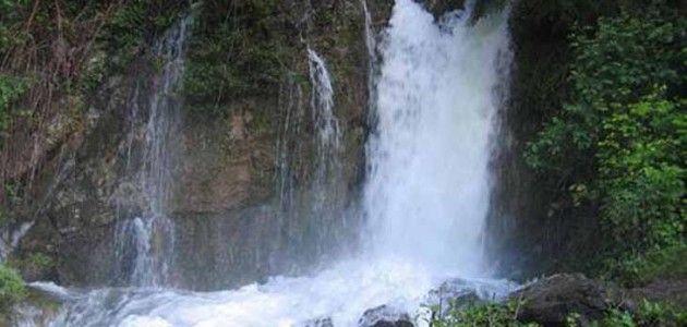 Paseo hasta el Bullidor de la Llet, Bagá BCN  TIPUS ACTIVITAT: excursiones / excursions  gorgues