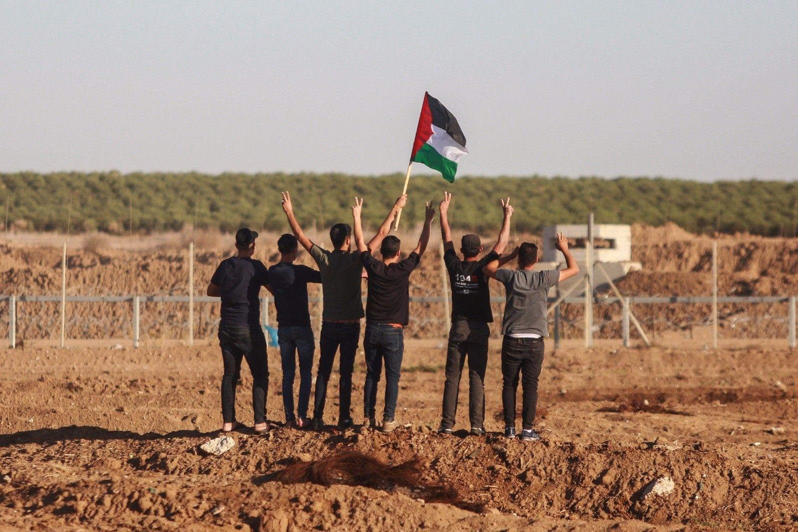مسيرات العودة الكبرى مستمرة شرق قطاع غزة بعد صرف رواتب لموظفي غزة صورة من الارشيف