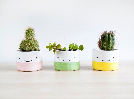Cute ceramic planter with smiling face for succulent, Handmade Ceramic planters & pots, Cute plant pot, Original modern Ceramic flower pot