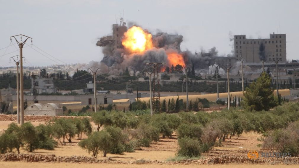 US Continues Airstrikes on Manbij Despite Mass Civilian Casualties - http://www.therussophile.org/us-continues-airstrikes-on-manbij-despite-mass-civilian-casualties.html/