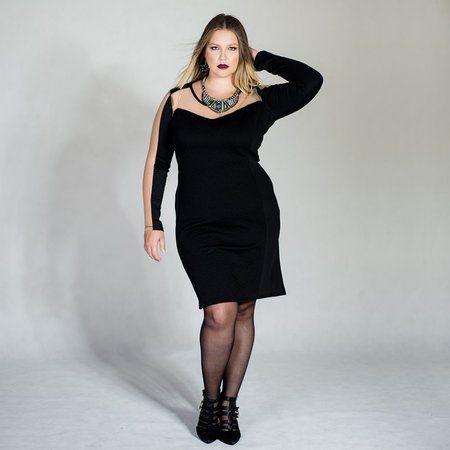 Vestido Plus Size de Neoprene e Tule