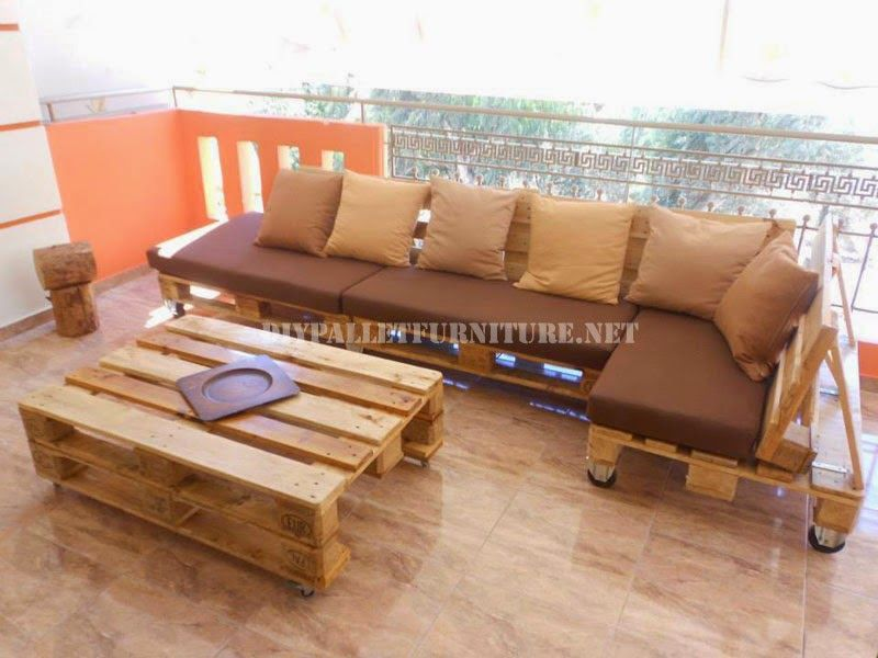 Muebles de palets sofa para terraza hecho con palets for Muebles terraza palets