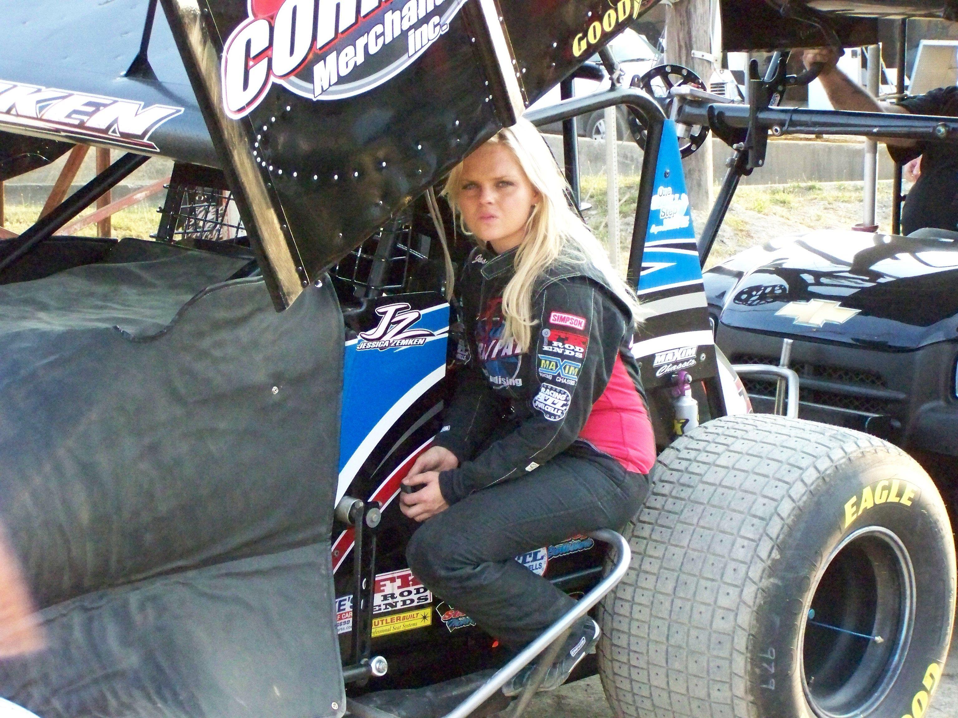 Pin On Women In Racing