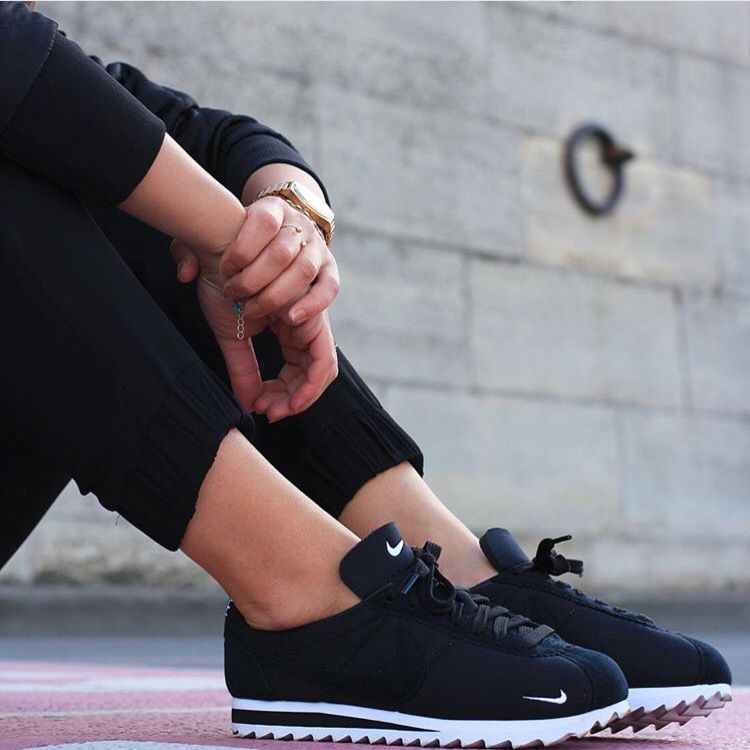 nike cortez sneaker obsessed pinterest nike cortez tennis and footwear. Black Bedroom Furniture Sets. Home Design Ideas