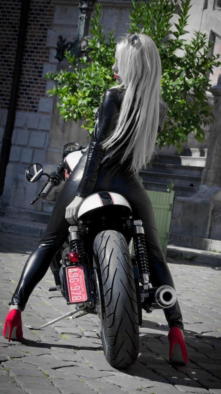 #amp #bicycle #girl #motorradfrauen Girl & bike #amp #Bike