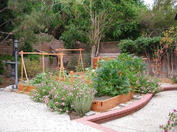 7 Playful Simple Ideas: Vertical Vegetable Garden Backyards vegetable garden for #vertikalergemüsegarten