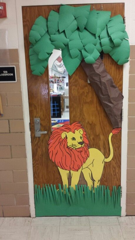 Jungle Theme Classroom Decorating Ideas Part - 28: Jungle Theme Classroom Door | Jungle Theme Door With Lion
