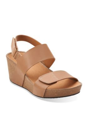 3fedb352bd36 Clarks AURIEL FIN BEIGE LEATHER Stylish Sandals