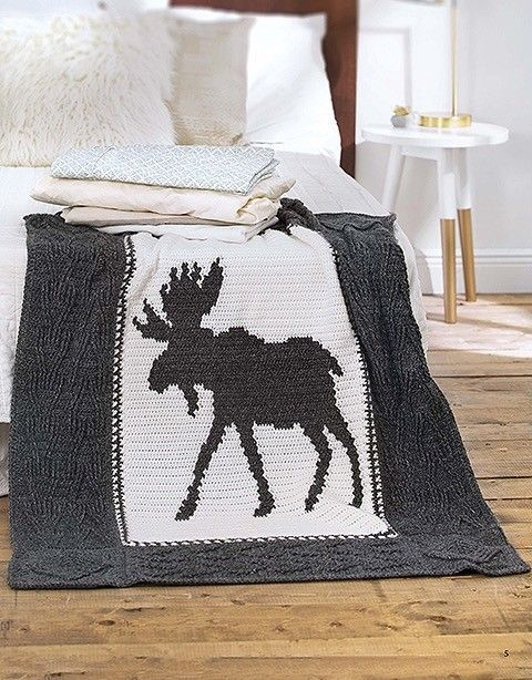 Crochet Moose Blanket Pattern Ideal For Men Cabins Or Outdoor Decor Designed With