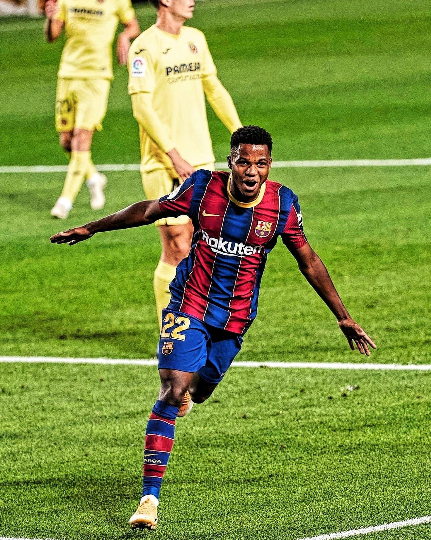 Ansu Fati Em 2020 Jogadores De Futebol Futebol Clubes