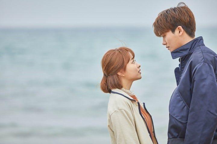 10 Hype Pre Kiss Moments From 2017 K Dramas Soompi Park Bo Young Strong Woman Do Bong Soon Wallpaper Strong Women