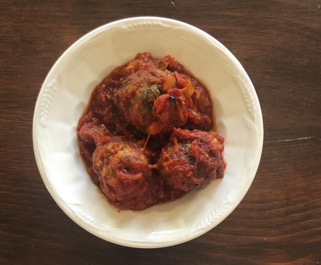 Anne Burrell S Meatballs Have Hundreds Of 5 Star Reviews And They Re Worth The Hype Cooking For Beginners Meatballs Meatball Recipes