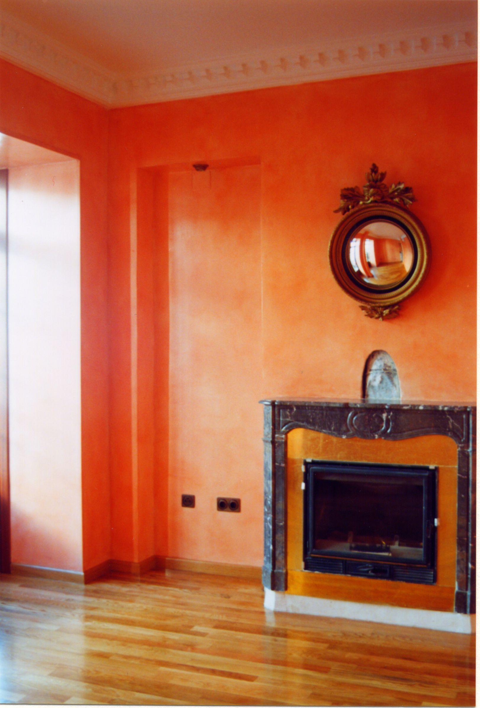 Pared pintada con falso estuco estucados modernos for Estuco para banos