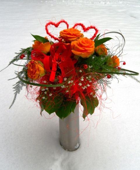 Walentynki Bukiety I Dekoracje Na 14 Lutego Valentines Flowers Christmas Wreaths