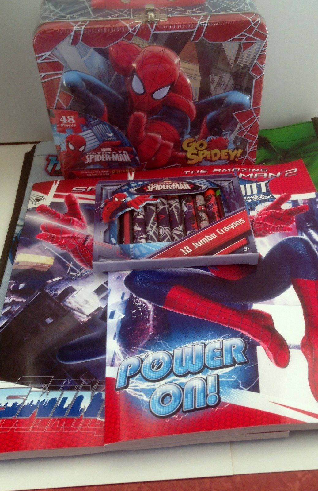 Gift Set 2 Spider Man Coloring Activity Books 1 12ct Spiderman Crayons 1 48pc Puzzle Lunchbox 1 Marvel Heroes Spiderman Color Activities Spiderman Coloring