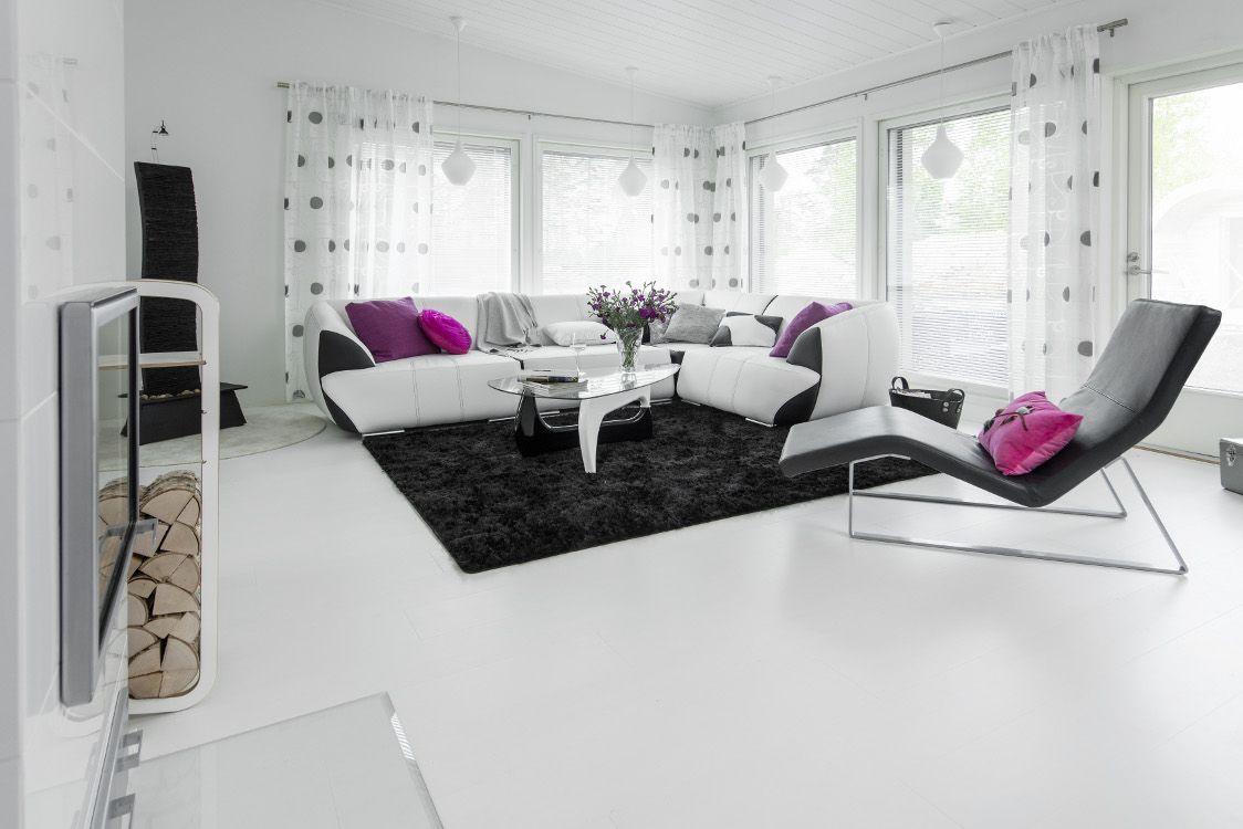 Kuvia muuttovalmiista taloista / Design-Talo Oy