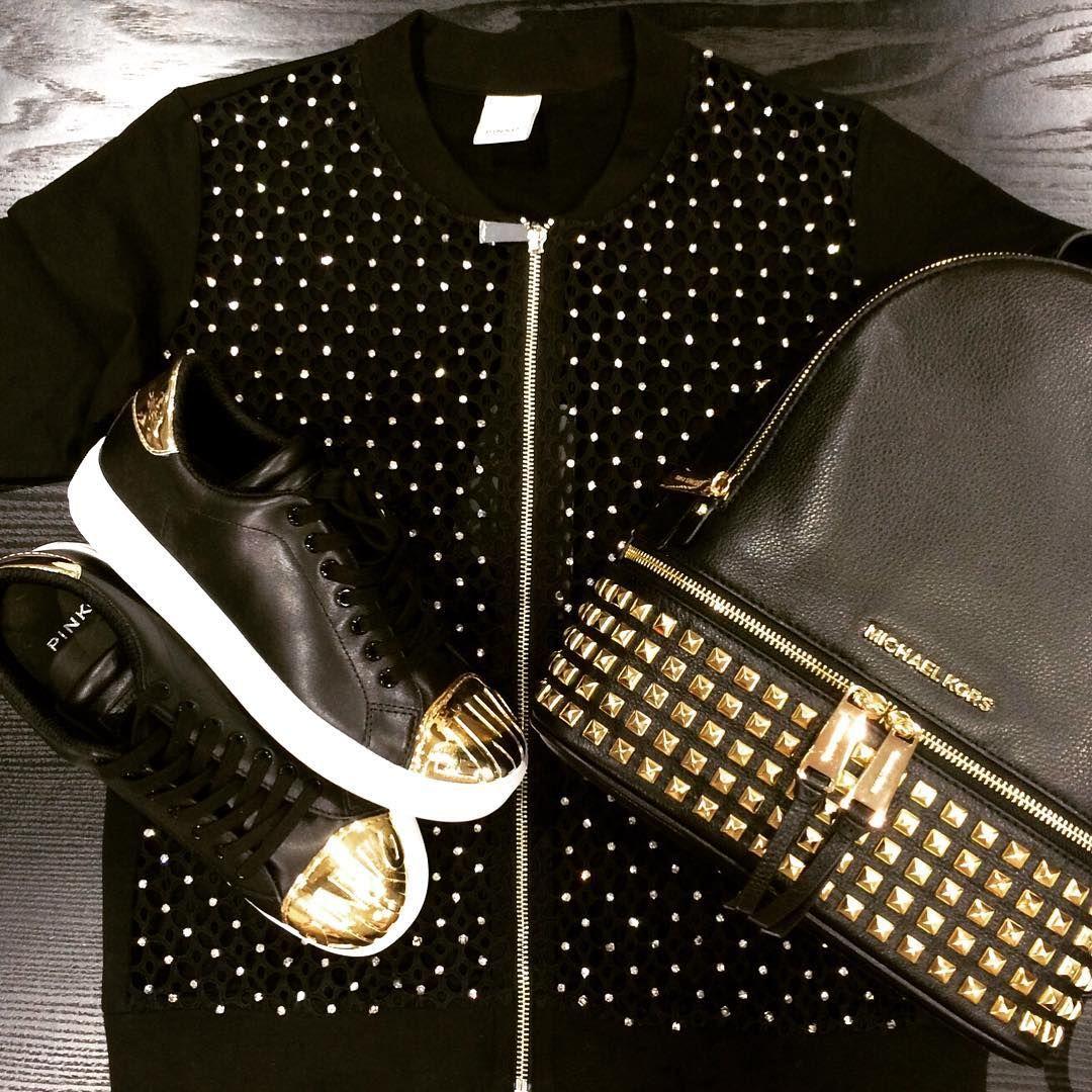 Instagram Photo By Gomez Fashion Store Apr 17 2016 At 12 19pm Utc Fashion Store Sneaker Shopping Michael Kors